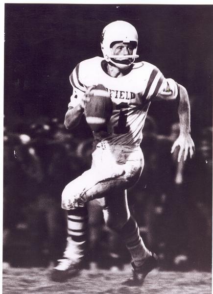 Mike Barrow: Linfield College (Oregon) Wildcats Quarterback