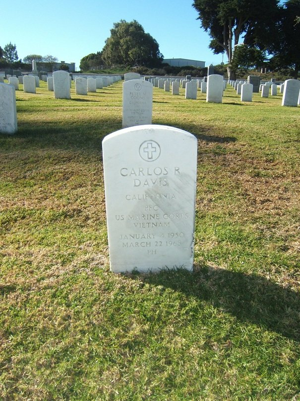 PFC Carlos R. Davis' gravesite